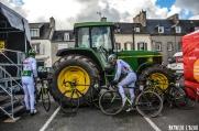 Vélo ou tracteur, lequel va plus vite ?